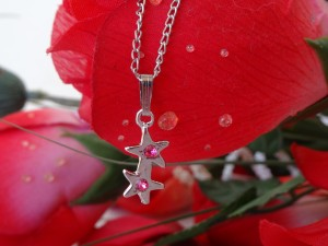 Pink Double Star Rhinestone Pendant