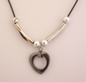 Hemitite_Heart_necklace