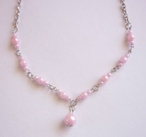 N131 Pink Pearl Chain Necklace