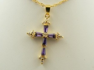 elegant_gold_amethyst_cross