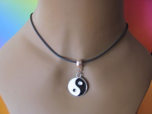 ying_yang_necklace