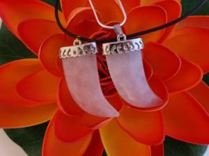 rose_quartz_small _shark_teeth_pendant_N364