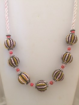 yellow_brown_pink_necklace1