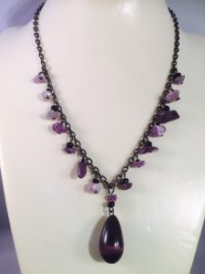amethyst_teardrop_necklace